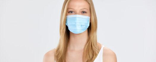 Comment prendre soin de sa peau quand on porte un masque ?