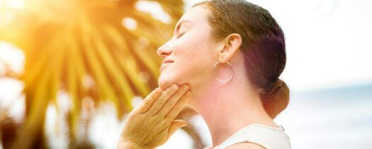Psoriasis et soleil : quels sont les risques ?