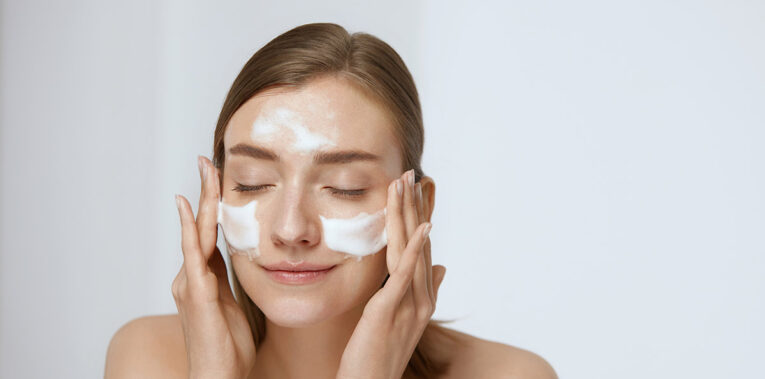 Quel nettoyant utiliser pour le visage ?